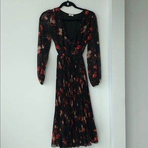 Aritzia Wilfred Floral Wrap Tie Dress
